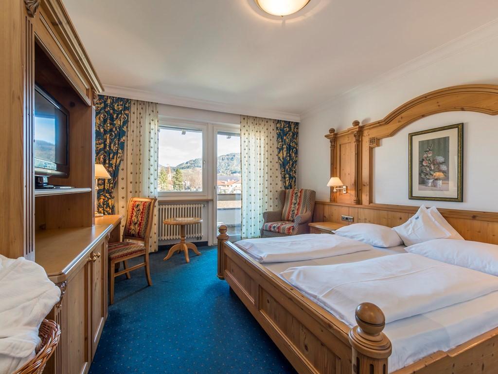 Hotel Zimmer Komfort - Doppelzimmer im Parkhotel Schönblick in Reischach